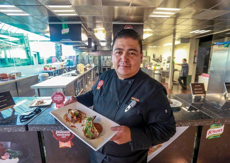 Tacos de tuétano y lengua, el mejor platillo mexicano 2019