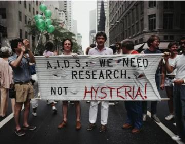 """Hispanos y latinos enfrentan una crisis """"invisible"""" de VIH en Estados Unidos"""