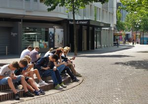 La OMS alerta que cuatro de cada cinco adolescentes en el mundo son sedentarios