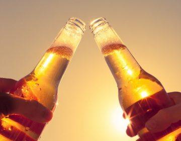 Dosis única de droga psicodélica podría ayudar a disminuir consumo de alcohol: estudio