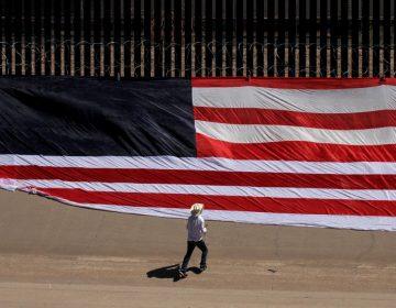 Juez federal de Texas bloquea 3,600 mdd de fondos militares que serían para el muro de Trump