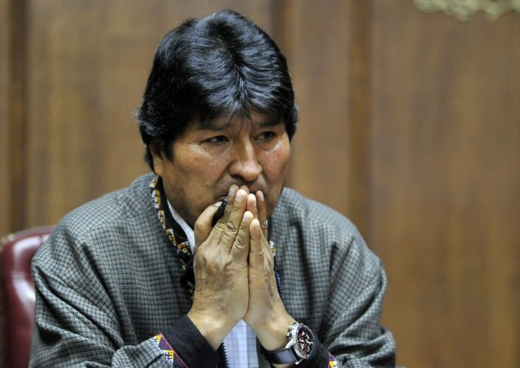 """Más de cien expertos internacionales rechazan """"narrativa de fraude"""" de Evo en Bolivia"""
