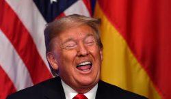 """Trump ataca a Greta por su reconocimiento: """"debe trabajar en…"""