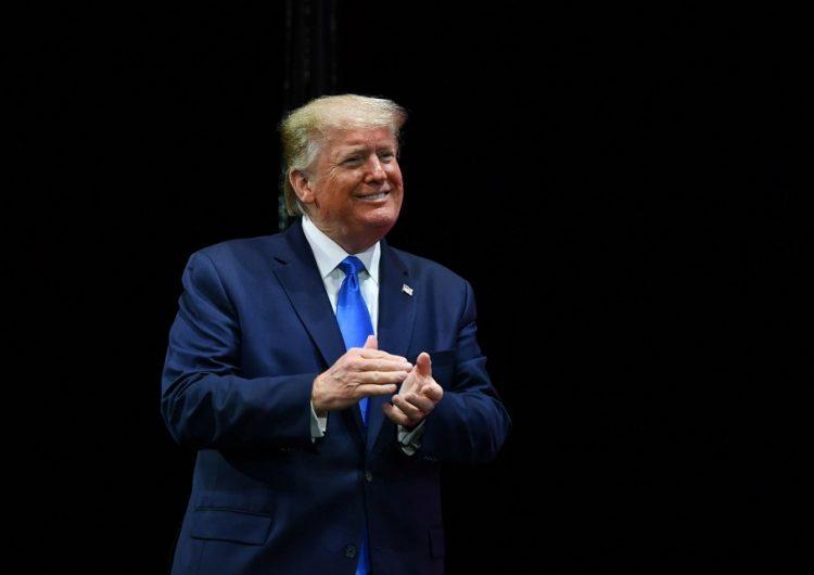 Trump asegura que está cerca de firmar un acuerdo comercial con China