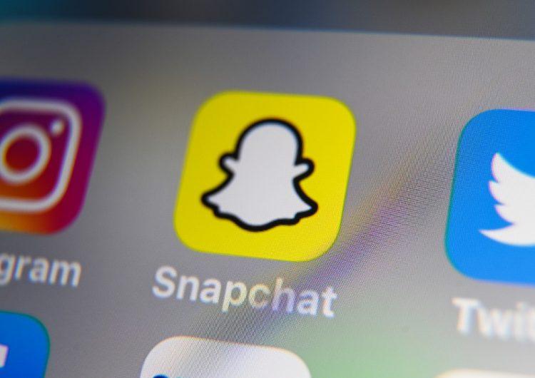 Arrestan a niña de 12 años por amenazar en Snapchat con tiroteo en escuela de EU