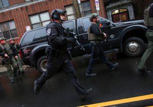 Seis personas murieron en un tiroteo de más de dos horas en Jersey City, EU