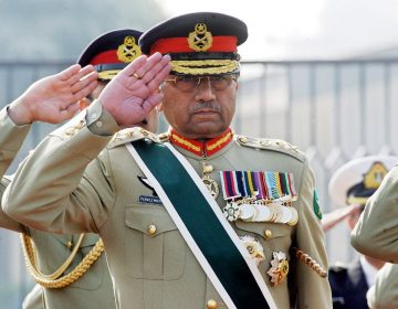 """El expresidente de Pakistán Pervez Musharraf es condenado a muerte por """"alta traición"""""""