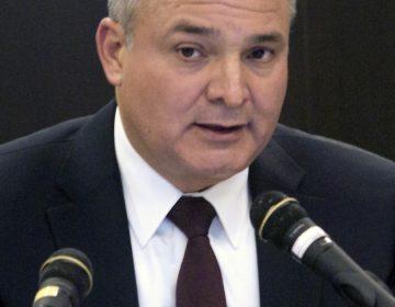 Detienen a Genaro García Luna en Texas por tráfico de drogas y testimonios falsos