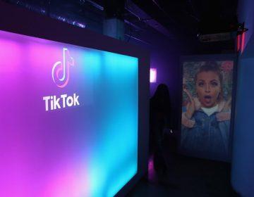 Otra acusación contra TikTok: reduce el alcance de usuarios con discapacidad, sobrepeso y LGBTI