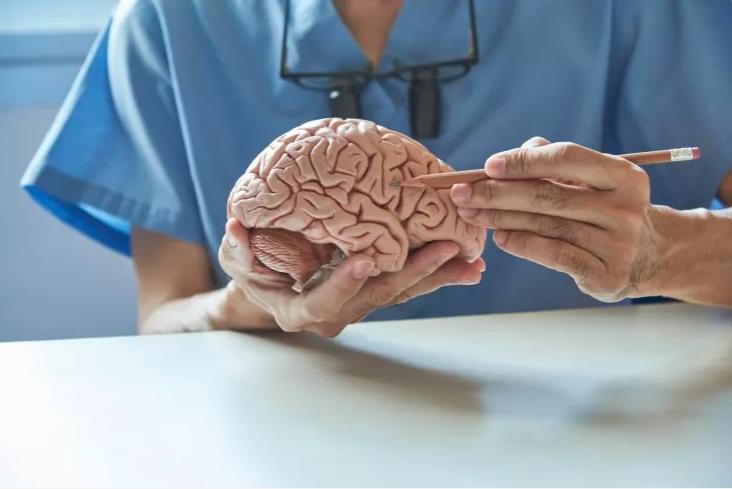 Un hombre es detenido en Filipinas acusado de decapitar a una mujer y comerse su cerebro
