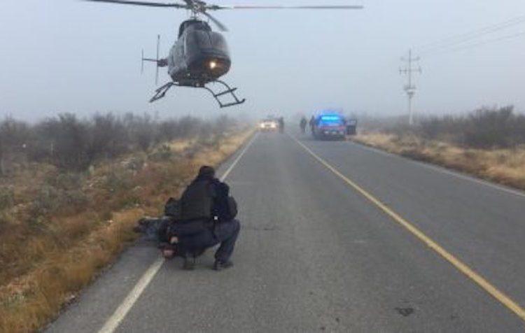 Familia que viajaba de EU a México es emboscada y asaltada en carretera de Zacatecas