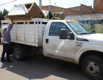 Exhorta municipio capital a evitar tirar muebles y basura en la vía pública