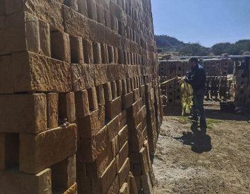 Brindan acompañamiento a ladrilleras de Calvillo para reducir contaminación