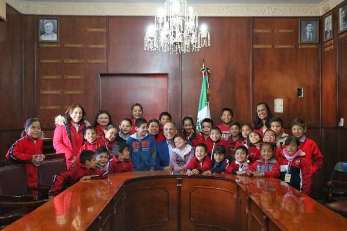 Acercan el gobierno de Jesús María a niños de educación especial