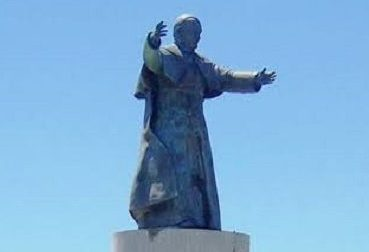 Analizan reubicación del monumento del Papa por paso a desnivel