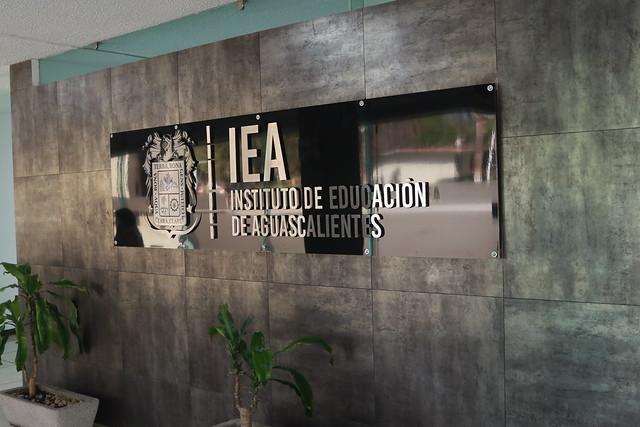 Vinculan a proceso a ex titular del IEA: la audiencia a detalle