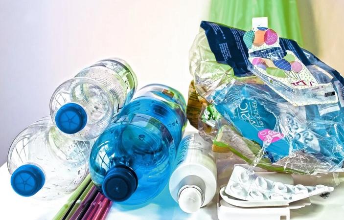 Sólo 15% de comercios han cambiado a materiales biodegradables