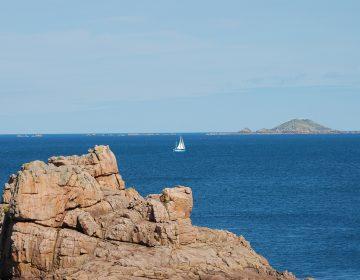 La Fuerza Fronteriza británica intercepta embarcaciones con migrantes a bordo en el Canal de La Mancha