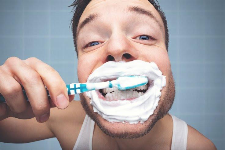 Cuántas veces al día debes cepillarte los dientes para proteger tu corazón