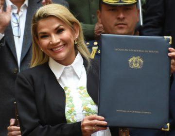 Jeanine Áñez anuncia su candidatura a las elecciones presidenciales de Bolivia