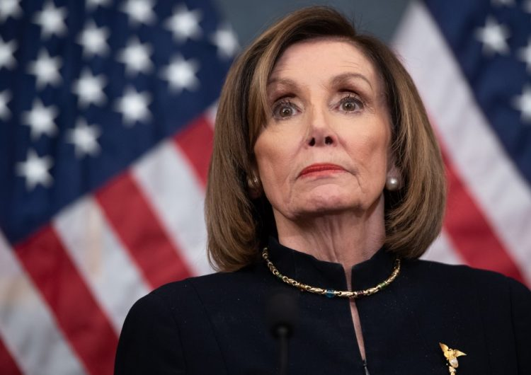 La Cámara de representantes votará para evitar que Trump emprenda la guerra contra Irán