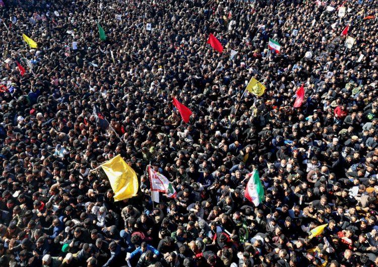 Estampida durante entierro del general Soleimani deja al menos 50 muertos