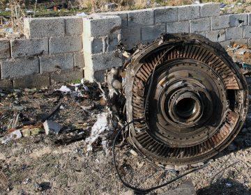 """Avión ucraniano intentó regresar al aeropuerto por un """"problema"""" antes de estrellarse en Irán"""
