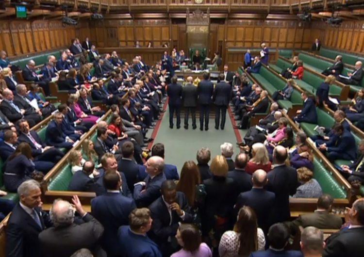 Diputados británicos dan histórica aprobación al Brexit
