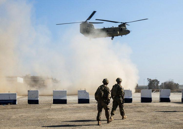 Cohetes impactan base en Irak que alberga a soldados estadounidenses