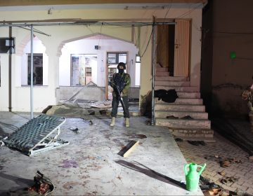 Al menos quince muertos por una explosión en una mezquita en Pakistán