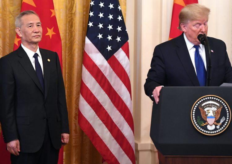 """Trump celebra el """"crucial"""" acuerdo comercial entre EU y China"""