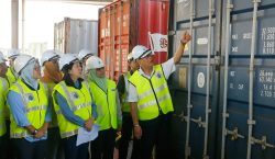 Malasia regresa toneladas de basura a EU, Reino Unido, Francia…