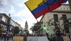 Colombianos toman las calles de Bogotá para protestar contra el…