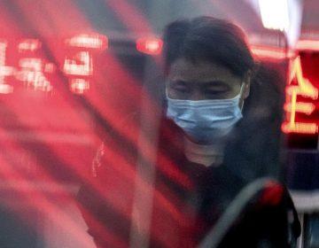 Suben a 54 los muertos en China por coronavirus, la OMS no declara emergencia mundial