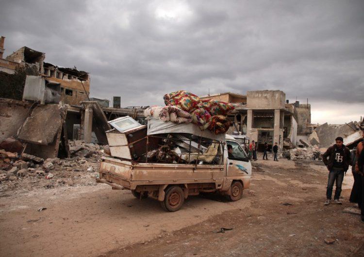 84,000 personas desplazadas en Siria durante los últimos nueve días de ofensiva del Ejército