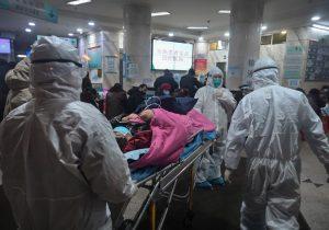 Virus se extiende y deja 106 muertos en China; preparan la evacuación de extranjeros