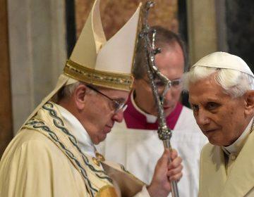 Benedicto XVI retira su firma del controvertido libro sobre el celibato de los sacerdotes