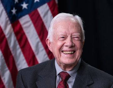 """Jimmy Carter dice que el 'acuerdo del siglo' de Trump """"socava las posibilidades de una paz justa"""""""