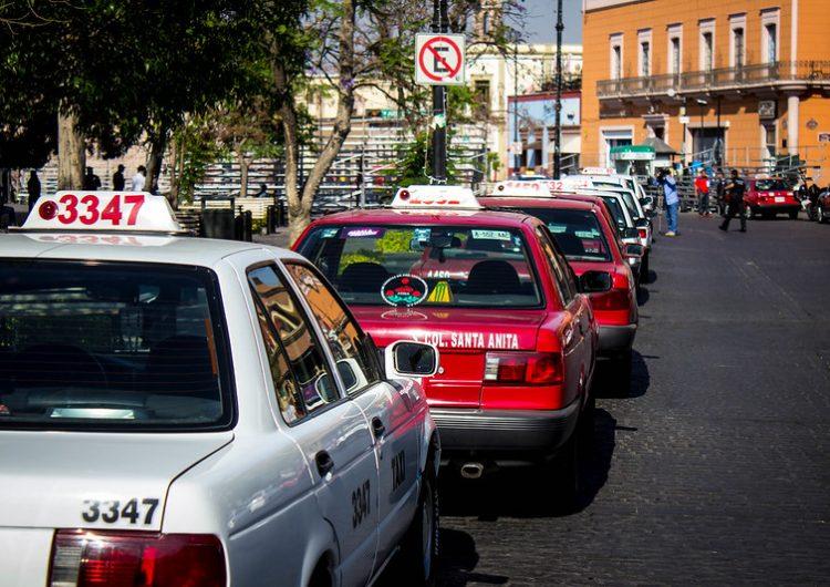 Sin registro apps de taxis en Aguascalientes