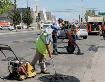 Intensifican labores de bacheo en el municipio de Aguascalientes