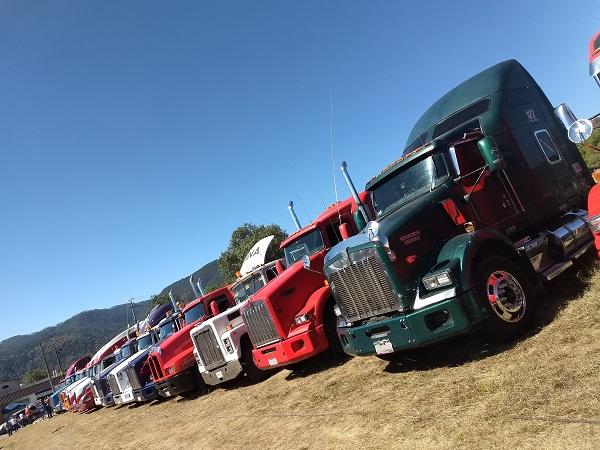 Transportistas podrían dejar de prestar el servicio en Jalisco por cobro de impuesto