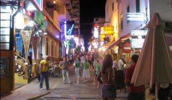 """Islas españolas prohibirán el """"turismo de borrachera"""""""