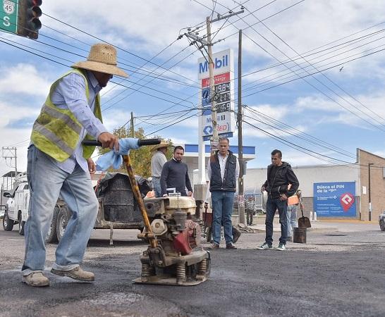 Realizan obras de mantenimiento en Av. Guadalupe en Jesús María