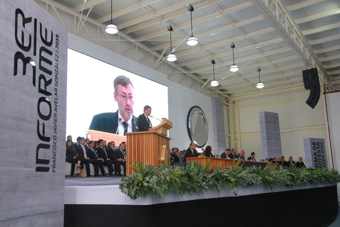 Rindió rector de la UAA su tercer informe de actividades