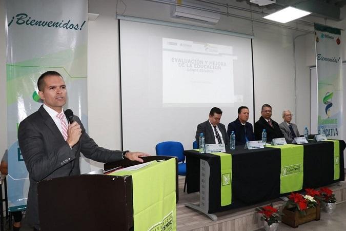 Se realiza seminario de innovación e investigación educativa en la U. Cuauhtémoc