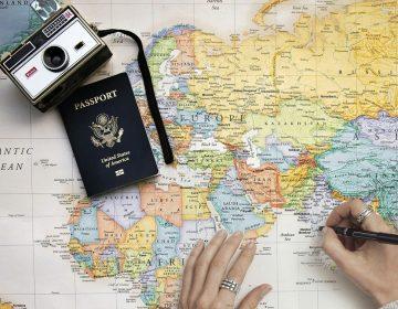 Los pasaportes más y menos poderosos del mundo en 2020 (y el lugar de México entre ellos)