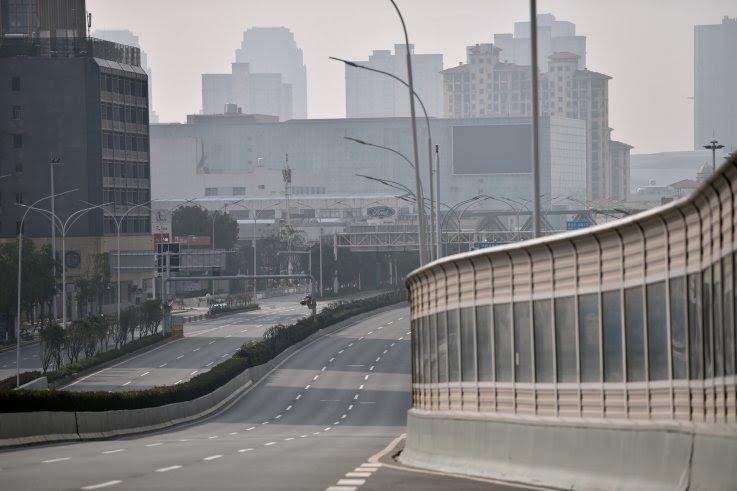 La epidemia de coronavirus convierte a Wuhan en una ciudad fantasma