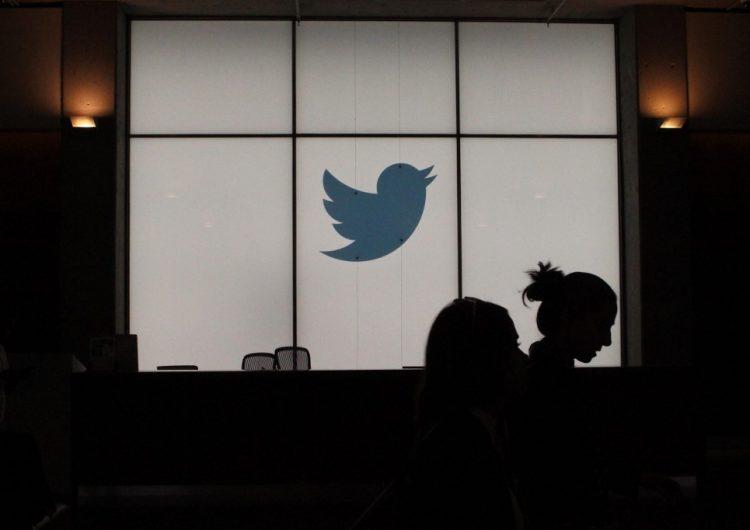 """Twitter elimina y etiqueta las fotos y videos """"falsificados"""" en su plataforma"""