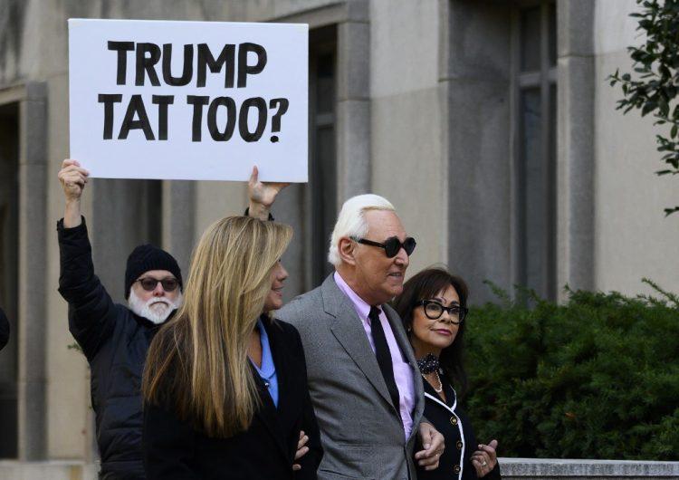 Fiscales renuncian al caso de Roger Stone; Trump es acusado de interferir en el Departamento de Justicia