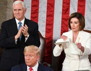 Pelosi rompe copia del discurso de Trump en el Estado de la Unión
